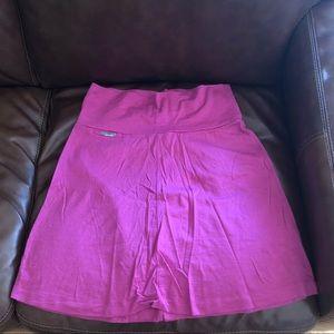 Icebreaker skirt